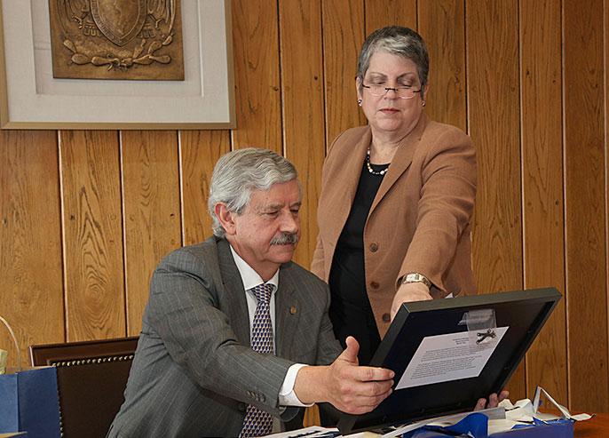 UC President Janet Napolitano and Eduardo Barzana Secretary General of the National Autonomous University of Mexico