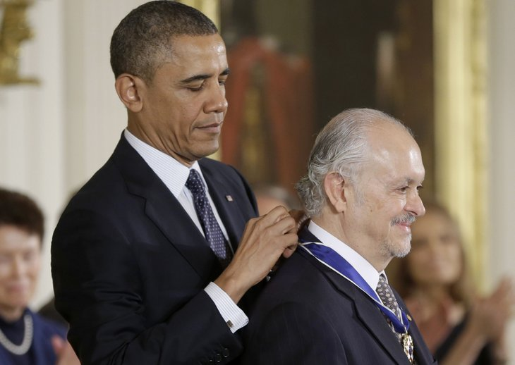 President Obama awards medal to Mario Molina