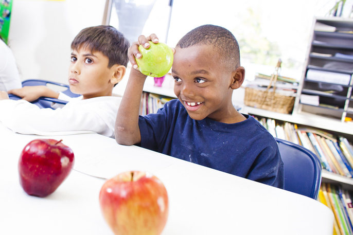 Kids learning about healthy eating