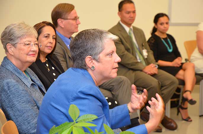 UC President Napolitano at Doctors Academy event