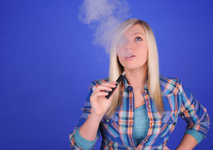 Vapers beware: 10 things to know about e-cigarettes teen vaping image
