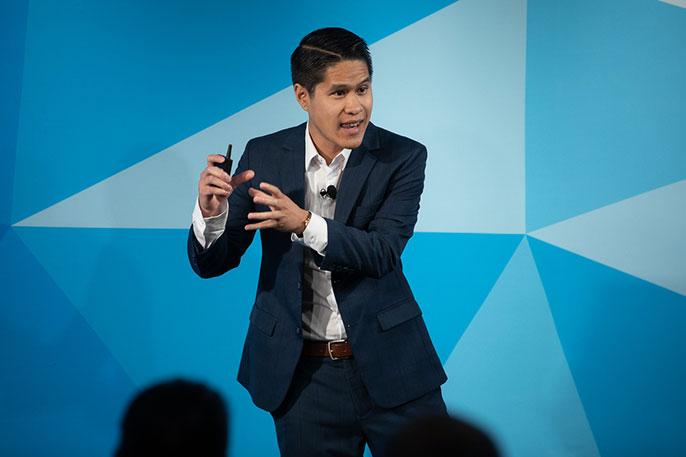 Kevin Pham gives a Grad Slam presentation in 2019