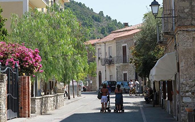 UC San Diego Italian village study