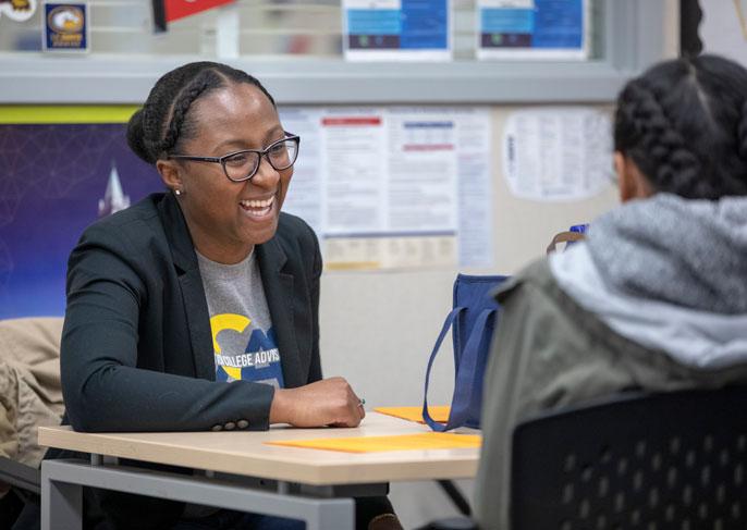 Jennifer Ferguson advising a student