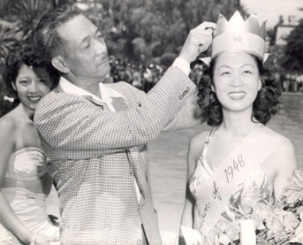 Penny Lee Wong crowned Miss Chinatown, 1948