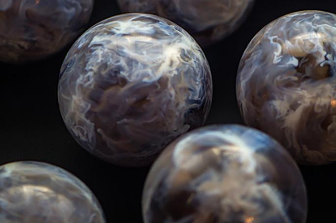 3D-printed stellar nursery spheres