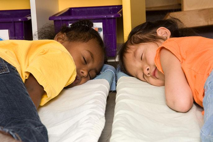 preschoolers napping