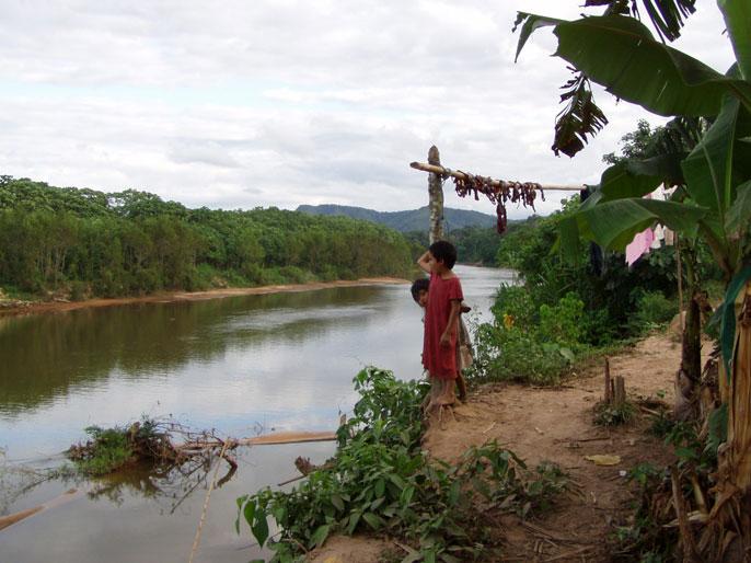 Tsimane children on a riverbank