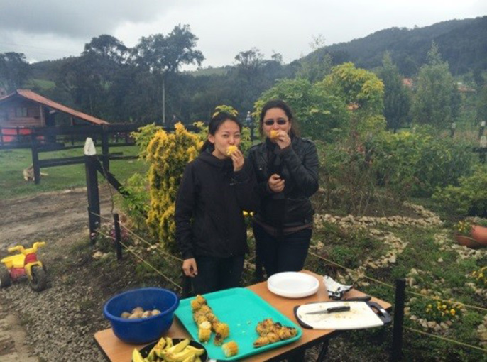 Meiling Gao (left), a 2015 USAID fellow from UC Berkeley with Juliana Hernández in Colombia