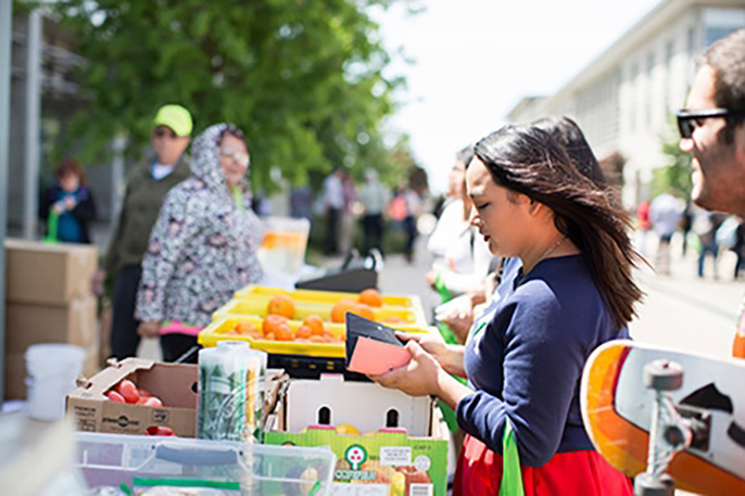 Everyone in the UC Merced community can get fresh produce from the farmers market truck that comes to campus each week.