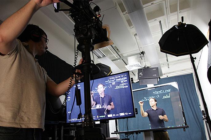 Adam Burgasser demonstrates Learning Glass